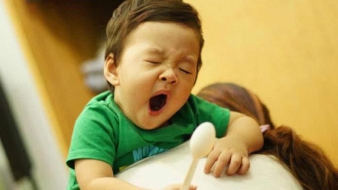 trẻ ngủ muộn